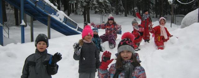 Prvňáčci vyrazili na zimní ozdravný pobyt do Jizerských hor, do jim již známého penzionu Berany. Nádherné zimní počasí a toulky zasněženou přírodou s využitím nejdůležitějšího dopravního prostředku – bobu nás […]