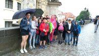 Náš výlet vPraze začal návštěvou Pražského hradu. Podívali jsme se do zahrad, do katedrály svatého Víta, kde jsme museli vystát dvacetiminutovou frontu na vstup. Interiér nás okouzlil. Potom jsme prošli […]