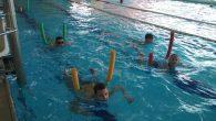 Děti si po 10 lekcí plavání užívaly, pokroky byly vidět a úspěch se dostavil v podobě Mokrého vysvědčení. Třeťáci po dvou letech jsou už všichni delfíni. Mezi druháky zatím proplouvali […]