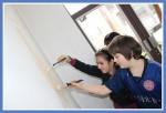 Malování ve škole.